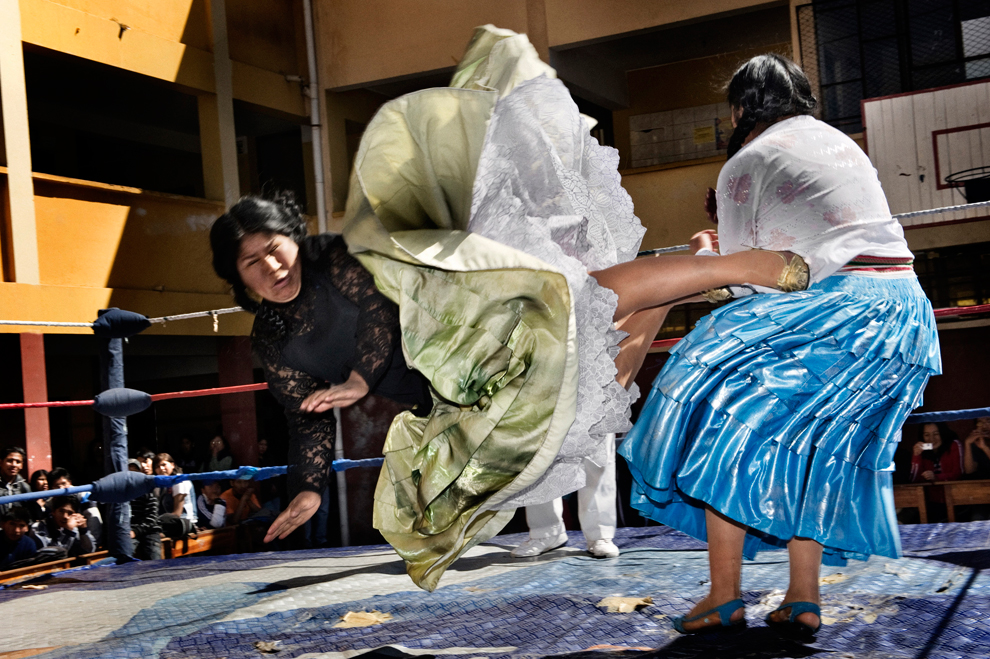Bolivia Women Wrestling